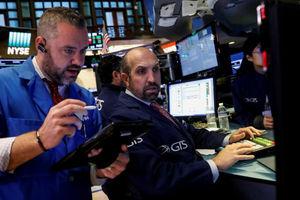 بازار سهام و دلار رشد کرد