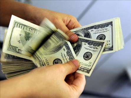 گران شدن همزمان دلار و سکه